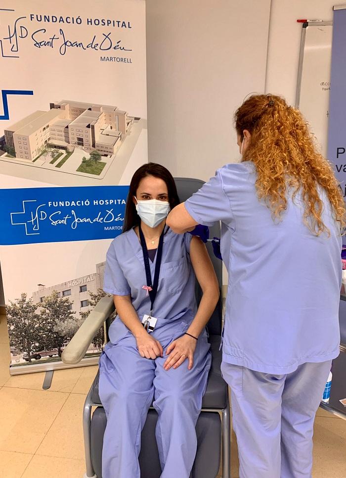 Segona dosi vacuna contra Covid-19 FHSJDM