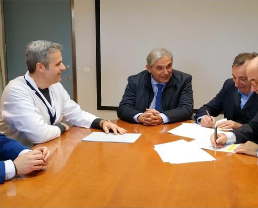 Foto Signatura del conveni amb St Andreu de la Barca Vitalia